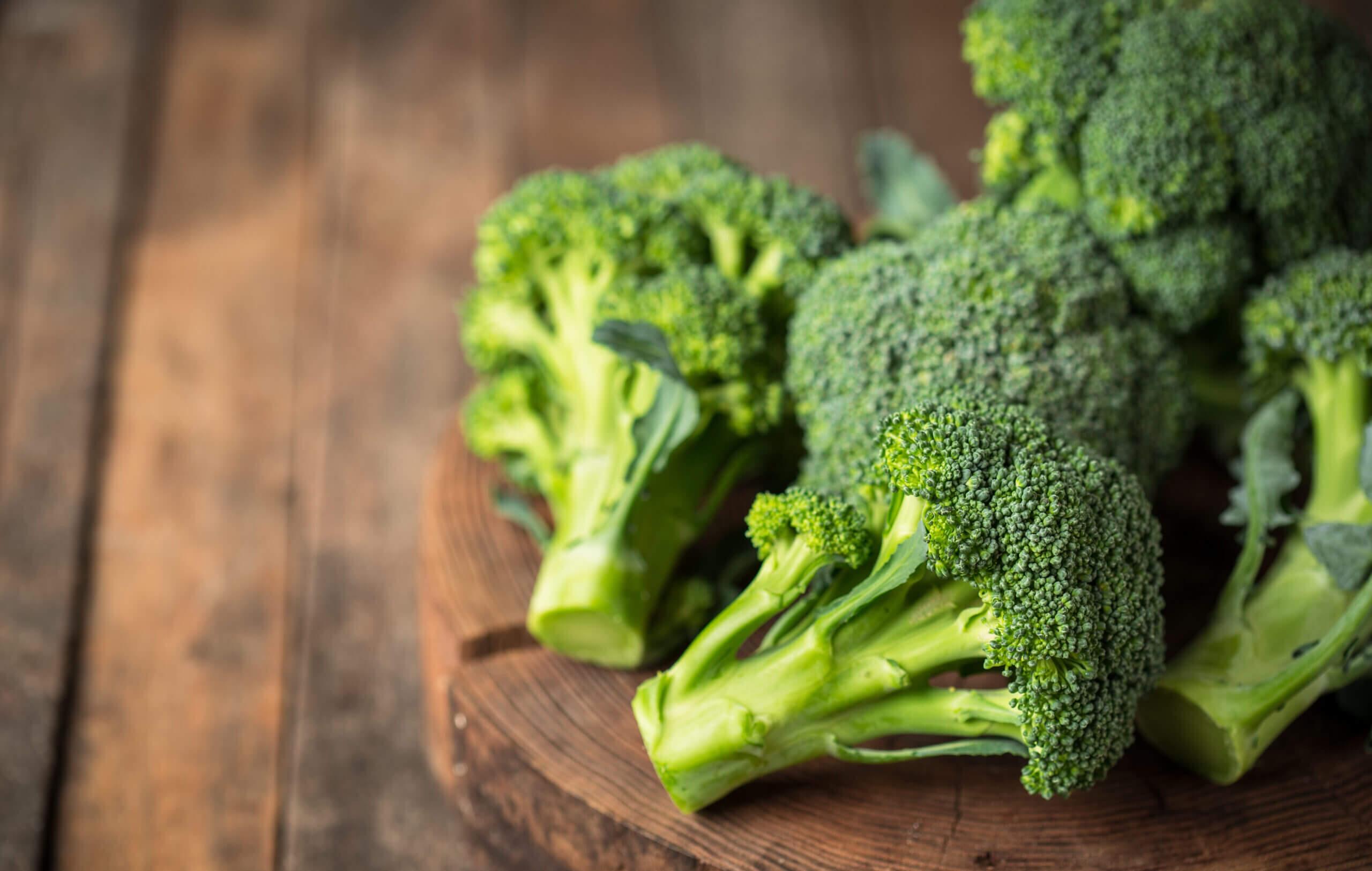 Frischer Brokkolisalat